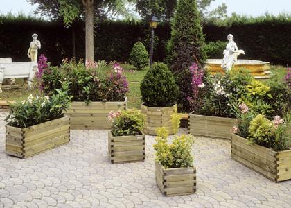 Arredo urbano giardino consorzio rivenditori materiali for Fioriere arredo urbano