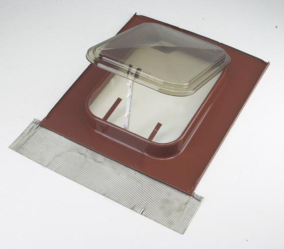 Listino prezzi lucernari a cupola profilati alluminio for Listino velux 2015